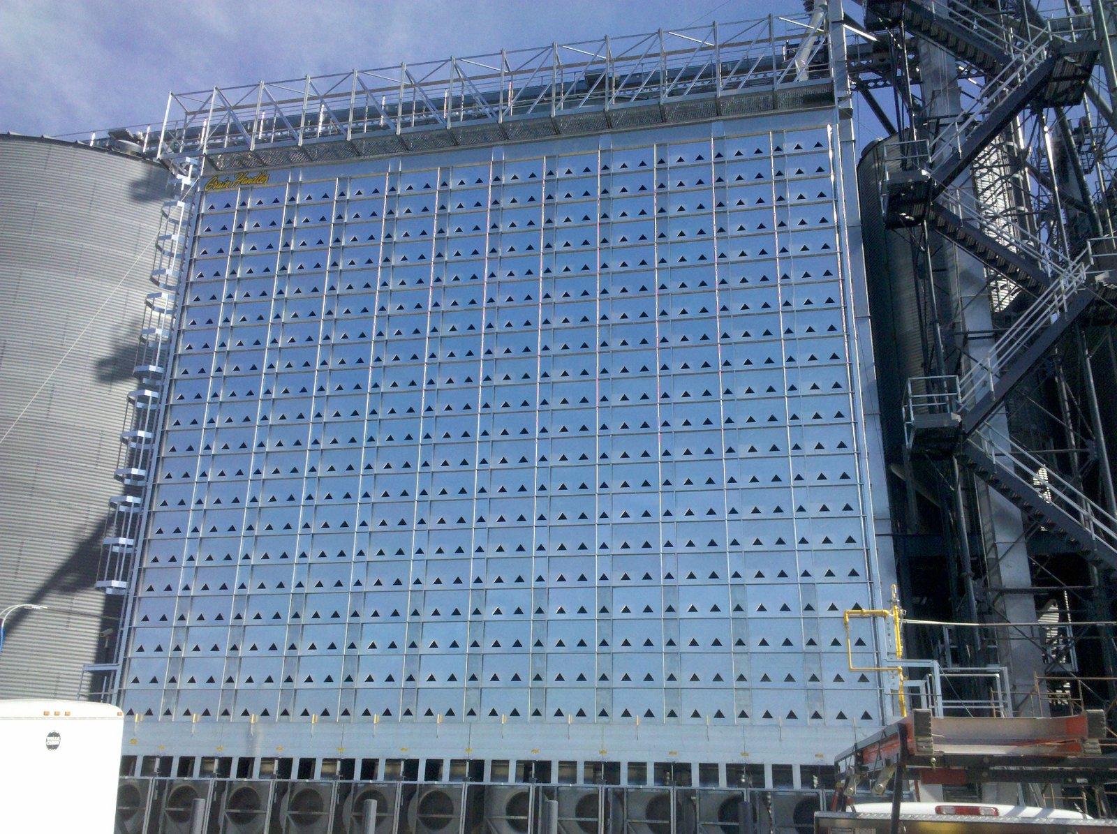 Grain Handler Grain Dryers | R & S Grain Systems - Dexter, MN
